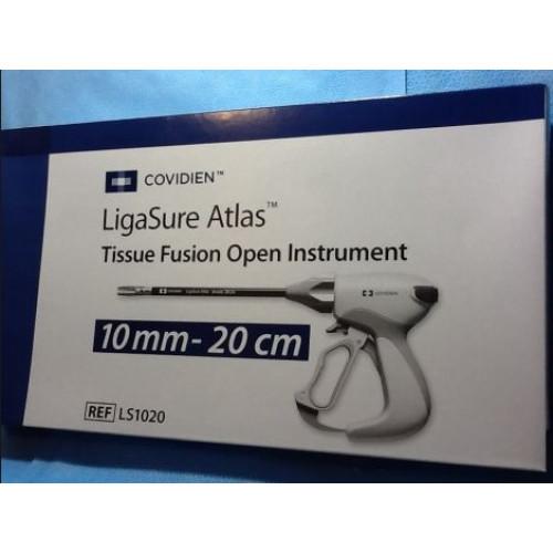 Інструмент електролігуючий LigaSure™ Atlas з ножем, діаметр 10 мм, довжина 20 см, прямі заокруглені бранші, лігування/розсічення